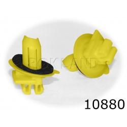 10880